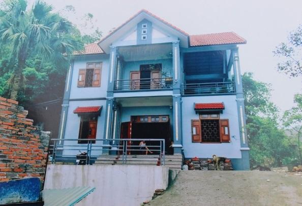 Căn nhà kiên cố của anh Vũ Bá Quang - chị Vũ Thị Thanh trước ngày bị phá dỡ