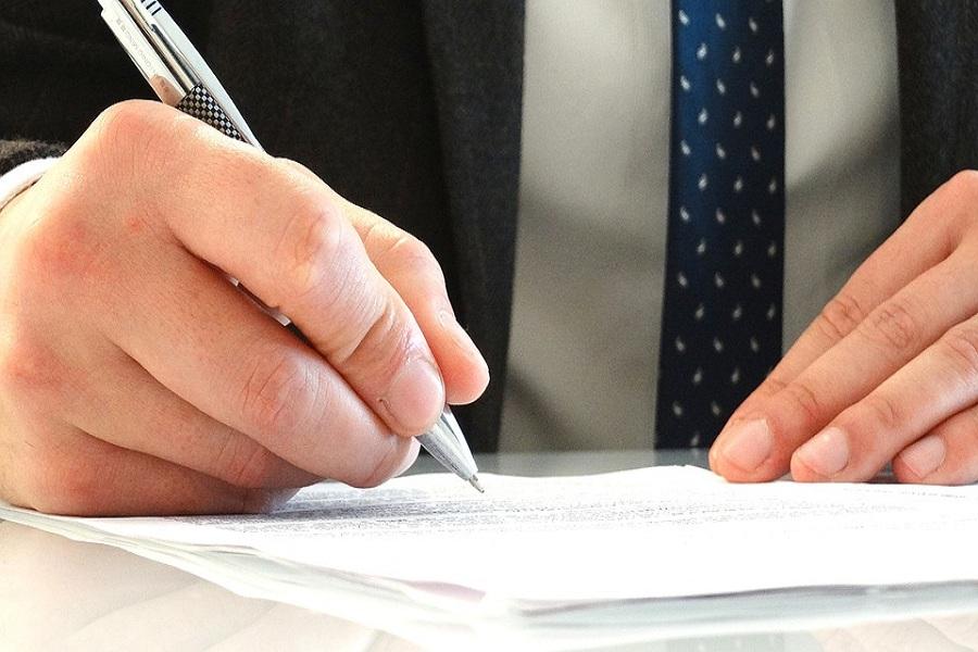 Luật sư tư vấn pháp luật doanh nghiệp - Tổng đài tư vấn (24/7): 1900 6198