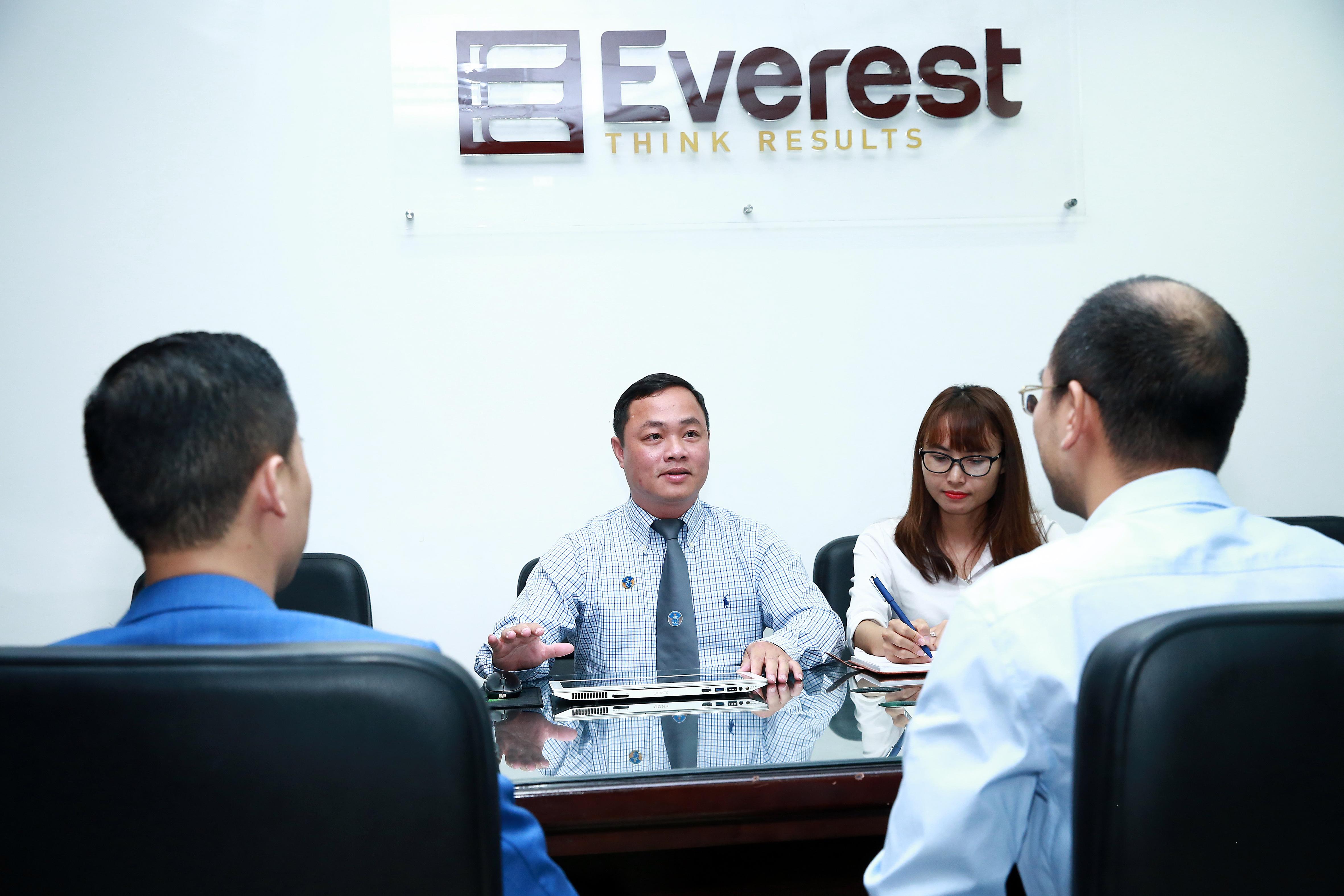 Luật sư hình sự - Công ty Luật TNHH Everest - Tổng đài (24/7): 1900 6198