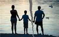 Ly hôn được 3 năm, có giành lại được quyền nuôi con?