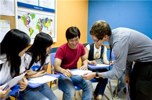 Cơ quan nào có quyền thành lập trung tâm dạy ngoại ngữ?