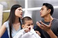 Muốn nuôi cả hai con sau khi ly hôn, làm thế nào?