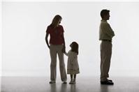 Vợ chồng thuận tình ly hôn, ký đơn thế nào?