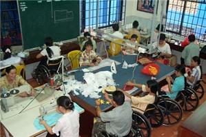 Sử dụng lao động là người khuyết tật, cần lưu ý điều gì?