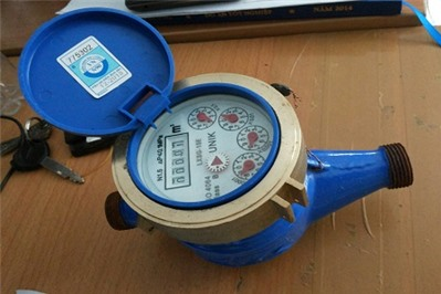 Xử lý việc đồng hồ đo nước sạch bị sai lệch