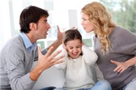 Có được hạn chế quyền thăm con cái của chồng cũ?