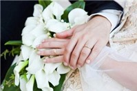 Mới bước sang tuổi 18, có đủ tuổi kết hôn?