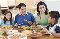 Trường hợp hai gia đình cùng muốn nhận một trẻ mồ côi