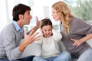 Con dưới 36 tháng tuổi chồng có quyền đề nghị ly hôn không?
