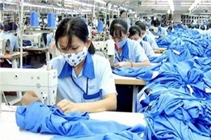 Người sử dụng lao động trả lương theo sản phẩm có đúng không?