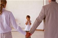 Con sẽ do ai nuôi dưỡng khi bố mẹ ly hôn?