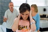 Được chuyển quyền sử dụng đất trong thời kỳ hôn nhân, khi ly hôn chia thế nào?