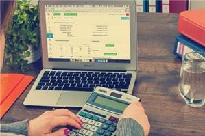 Luật sư tư vấn: Sử dụng điện có phải đóng thuế giá trị gia tăng không?