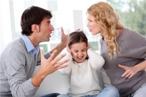 Có được thay đổi người nuôi con sau ly hôn hay không?