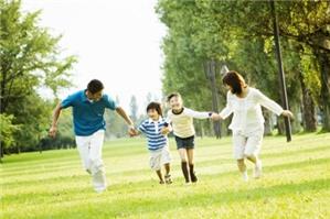 Đưa con ra nước ngoài cư trú có cần sự đồng ý của chồng cũ không?