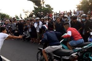 Cổ vũ đua xe sẽ bị xử phạt hành chính như thế nào?