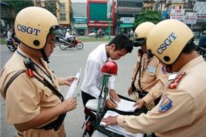 Cảnh sát được giữ xe vi phạm an toàn giao thông trong bao lâu?