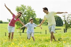Chồng có được yêu cầu thay đổi người trực tiếp nuôi con sau ly hôn không?