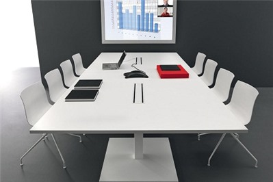 """Trong công ty cổ phần, chủ tịch hội đồng quản trị là """"to"""" nhất?"""