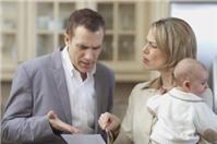 Ly hôn khi chồng ngoại tình, chia tài sản và quyền nuôi con thực hiện như thế nào?