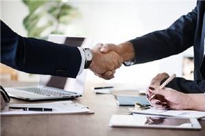 Sự kiện bất khả kháng trong hợp đồng thương mại