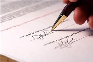 Trưởng phòng nhân sự có được trực giao kết hợp đồng với người lao động hay không?